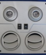 grill-bus-2-lubang-2-lampu